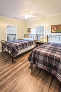 Guntersville lake house third bedroom