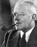 Allen Dulles directeur de la cia fume la pipe Louis Vuitton