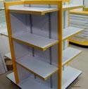 Góndolas de madera, estantes, entrepaños, repisas