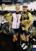 Zusammen mit Paulina Klimsa und Kathrina Hechler, Team Stuttgard konnten Gudrun Stock und Lisa Fischer, maxx-solar LINDIG Women Cycling  Silber in der Mannschafts-verfolgung holen. Gold ging an den Mixed-Vierer der Profis; Bronze an die d.velop-Ladies vom