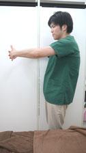 肩こりのストレッチ肩甲骨-④