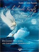 """Strahlender Engel, der nachts auf einer Klippe steht und auf das Meer blickt. Am Himmel leuchtet der Vollmond. Untertitel: """"Deinen Weg gehen und Lebenträume verwirklichen"""""""