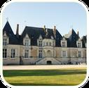 A visiter aux alentours des gîtes de charme de La Nigaudière en Sologne : le château de Villesavin et son expo hippomobile