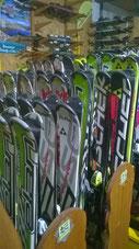 Présentoir à Skis - Point Glisse Près de Goulier Neige à Tarascon sur Ariège