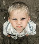 famililab, Jesper Juul, Familientherapie, Wertschätzungszone, Biolino Institut, Wien, Elternhilfe, Eltern, Kindererziehung, Trotzalter, Neinsagen, Aggression;