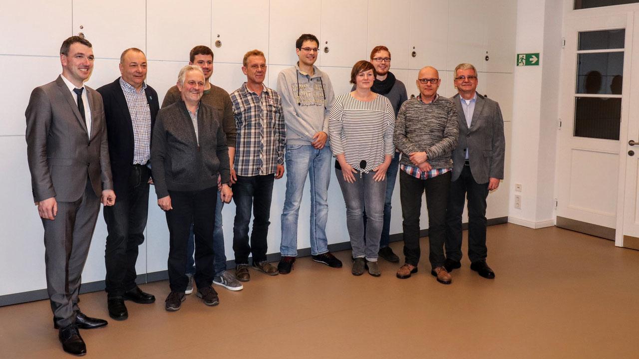 von links nach rechts: Bürgermeister Thomas Geppert, Reinhold Waidele, Jürgen Heizmann, Tobias Hesse, Kurt Groß, Daniel Schmidt, Simone Müller, Mathias Kern, Patrik Riester, Horst Polus