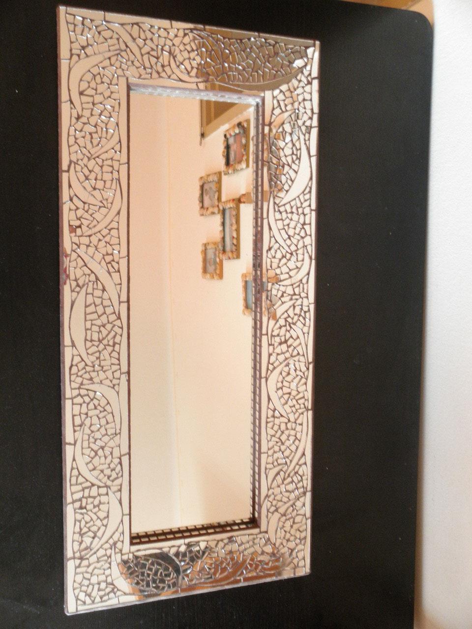 Spiegel mit mosaik for Spiegel fliesen 30x30