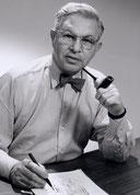 Arne Jacobsen fume la pipe mais pas Louis Vuitton