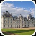 A visiter aux alentours des gîtes de charme de La Nigaudière en Sologne : le château de Cheverny et son musée Tintin