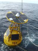 SOLARA Tsunami Boje Indischer Ozean - SOLARA Solarmodul M-Serie versorg die Boje mit Strom und rettet leben durch Vorwarnung vor Tsunami per Funk Sateliten Übertragung. Unic Hight Tech Solar Product from Solara Hamburg