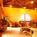 展示会場である Sim's Cozy Garden Hostel