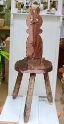 練馬桜台ガーデニングショップかのはの マツエク・ネールサロンで長年頑張って来た椅子です。耐久性も考えペインティングしてリニューアル致します。練馬桜台 ガーデニングショップかのはの