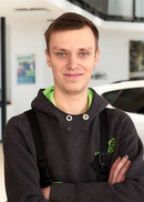Auszubildender zum Kfz-Mechatroniker Yannik Riemer