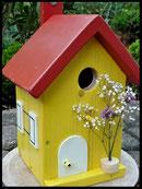 Vogelhuisje,nestkastje hout_Droom in Geel 8_geel_dak rood_deur wit