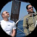 Skipper und steuernder Praktikant