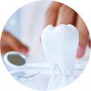 Parodontitis-Beratung in der Zahnarztpraxis Dr. Peter-Alexander Dokkenwadel in Ludwigsburg