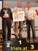Sponsor und erfolgreicher Teilnehmer: Günter Schick (links). Daneben: Willi Klaudus und Stefan Mayr. Image: www.trials.at