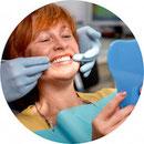 Zahnärztin Ilka Partschefeld in Frankfurt-Sossenheim berät Betroffene zur Parodontitis-Behandlung