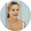 Wie kann ich selbst einer Parodontitis vorbeugen und wie kann mir der Zahnarzt dabei helfen?