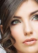Permanent Make-up unterstreicht und betont
