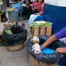 Vendiendo tamales