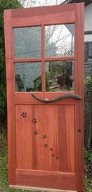 木 ドア かわいい カフェ