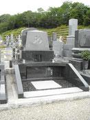 個性豊かな墓石