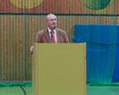 FOS-Abteilungsleiter Herbert Sehl bei seiner Festrede