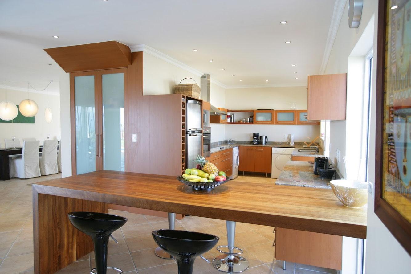 Südafrika . Somerset West . Ferienhaus Kleinberger - Küche mit allem Komfort