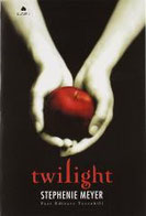 Twilight di Meyer Stephenie      Prezzo:  € 13,00     ISBN: 9788864112985     Editore: Fazi [collana: Tascabili]     Genere: Gialli Thriller E Horror     Dettagli: p. 412