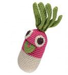 Geschenke für kleine Gärtner: Gary das Radieschen ist eine kleine freundliche Rassel