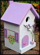 Vogelhuisje, nestkastje hout_nestkastje wit 10_Lavendel_dak_deur_ramen_bloempot