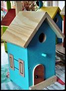 Vogelhuisje,nestkastje hout_nestkastje Lichtblauw_dak blank_deur blank