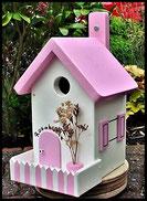 Vogelhuisje,nestkastje hout_Pastel Roze 3_wit_dak pastel roze_hekje gestreept