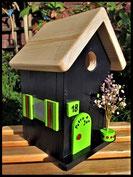 Vogelhuisje, nestkastje hout_Black Beauty 2_zwart_dak blank_deur appelgroen