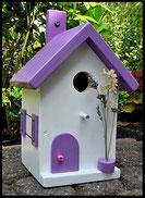 Vogelhuisje, nestkastje hout_nestkastje wit 22_Lavendel_dak_deur_ramen_bloempot