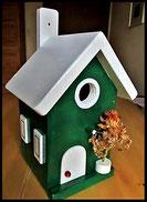 Vogelhuisje,nestkastje hout_nestkastje Woudgroen 4_dak wit_deur wit