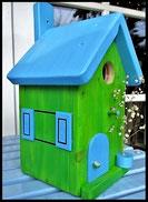 Vogelhuisje,nestkastje hout_nestkastje Appelgroen_ lichtblauw dak, deur en ramen