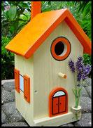 Vogelhuisje,nestkastje hout_nestkastje Hout Blank_dak oranje_deur oranje