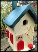 Vogelhuisje,nestkastje hout_nestkastje Hout Blank_dak woudgroen_deur rood