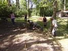 Sondage archéologique au château d'Eaucourt août 2015, dégagement de la couche de végétation