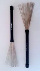 GEWA Brushes - professionelle Besen mit ausziehbaren Metallstäbchen