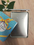 Geschenkbox Happy Birthday, Dosendeckel Vorrichtung Detailansicht, Geburtstagsgeschenke; Geldgeschenke