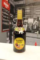 Eine Flasche MAMPE halb und Halb, eine Berliner Marke. Foto: Helga Karl