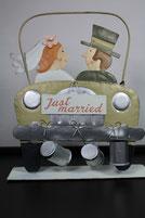 Aufsteller Brautpaar im Auto