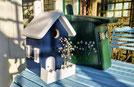 Nestkastje Geldersblauw met wit dak