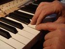 Pianos droits et pianos à queue : réglages précis par Alain Genestoux à Bordeaux en Gironde (33) Région Aquitaine