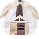 assurance habitation maison protection comparaison comparatif devis gratuit main protège brique ciment violet rond bois miniature fond blanc