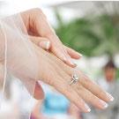 Gepflegte Damenhände © ersler - 123RF Stock Photo