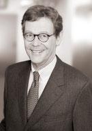 Seminarleitung Dr. jur. Michael Fingerhut - Inhouse Rechts Schulungen / Seminare - IRW Institut für Recht & Wirtschaft - München